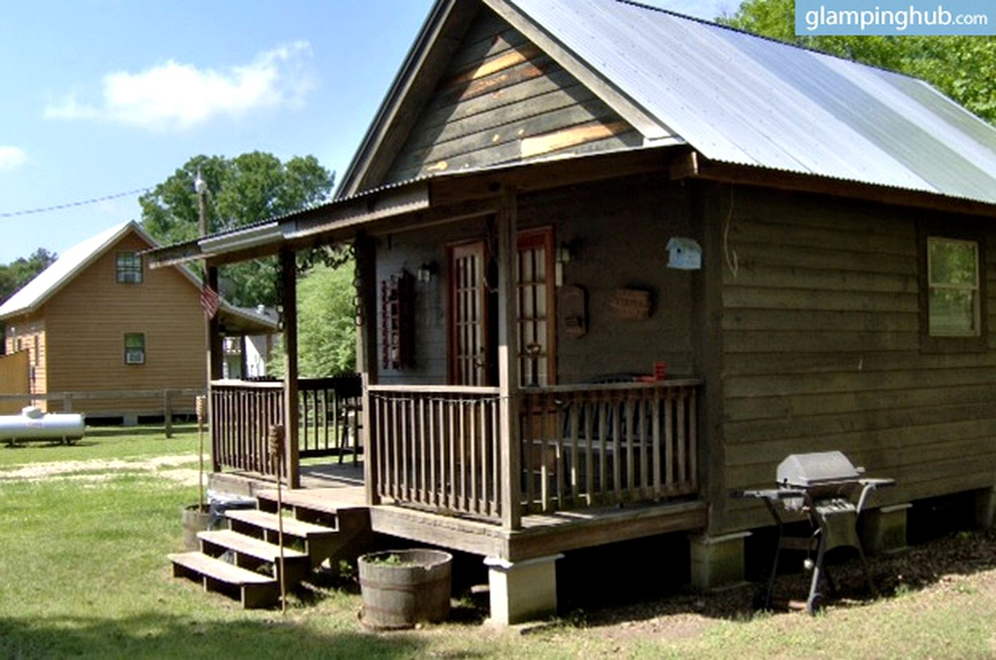 Cabins (Bogalusa, Louisiana, United States)