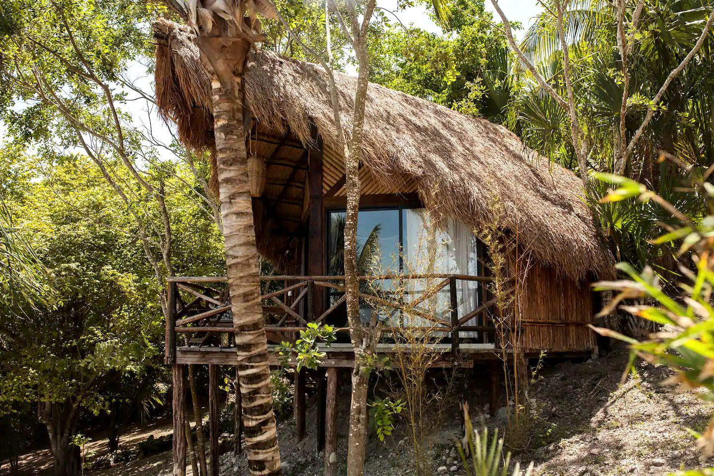Amazing Bacalar accommodation for glamping in Mexico