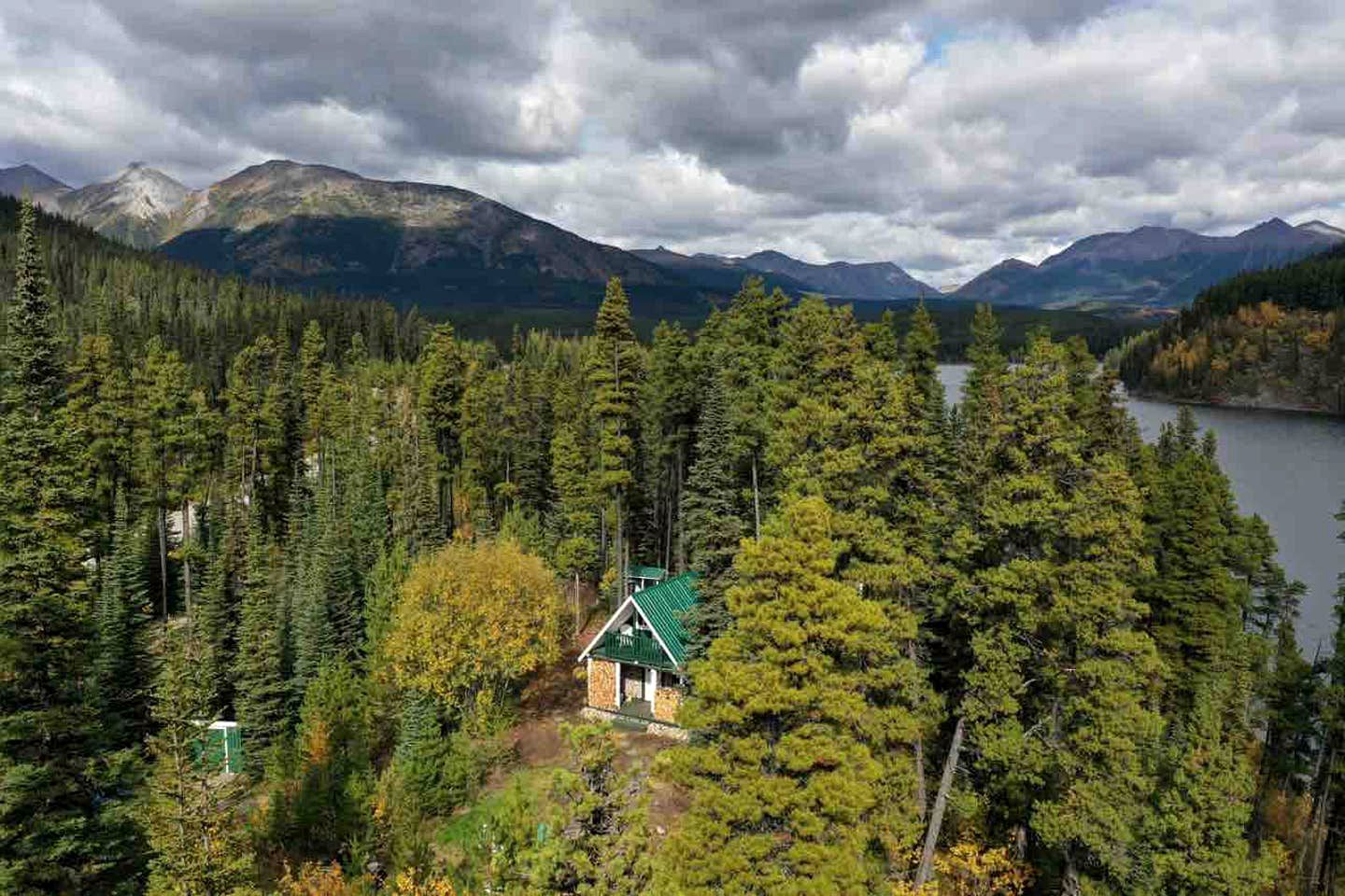 Pet Friendly Cabin Near Boya Lake British Columbia