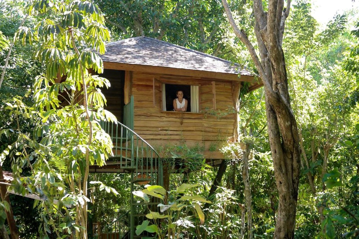 This tree house is ideal for romantic getaways in Bali