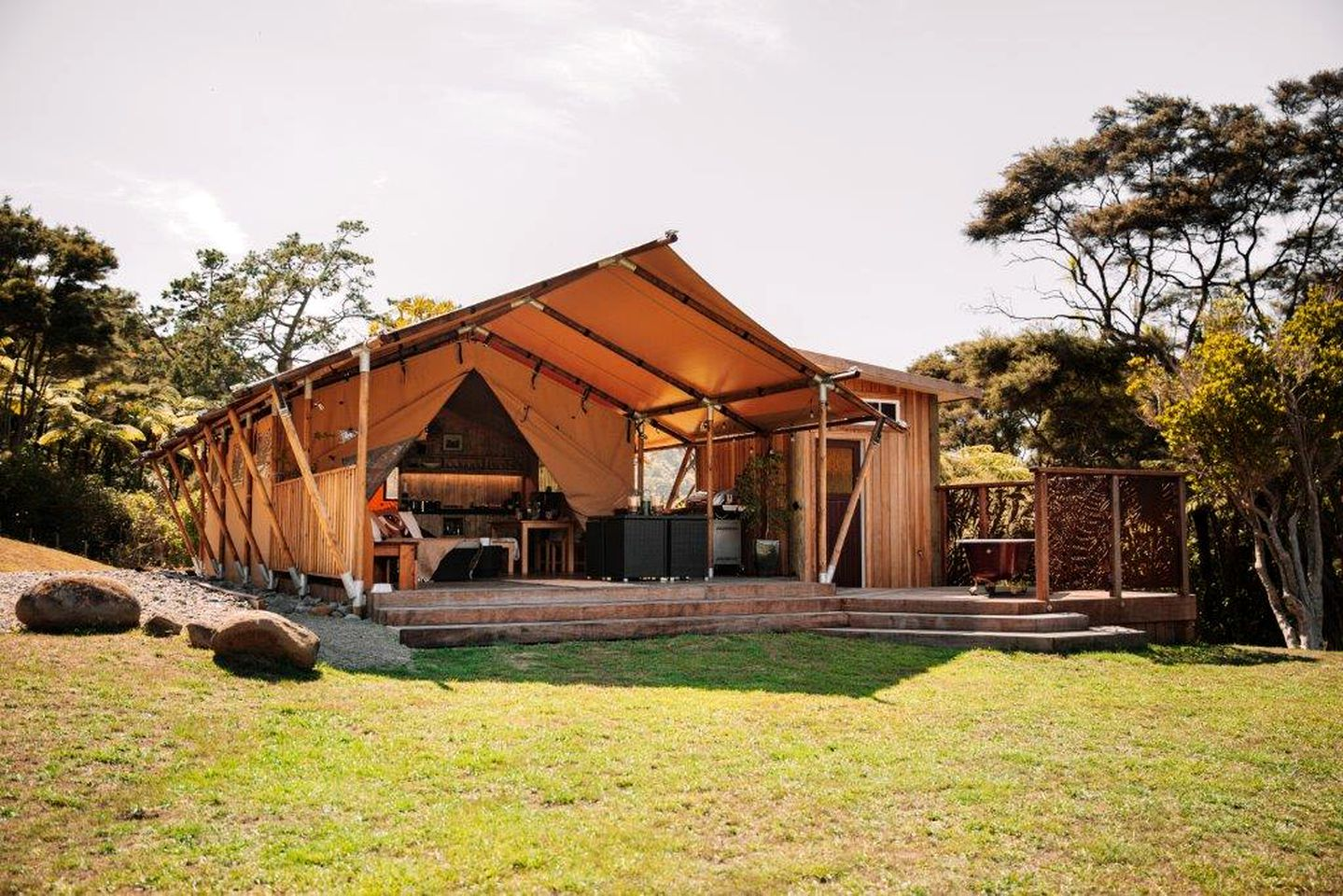 Safari Tents (Auckland, North Island, New Zealand)