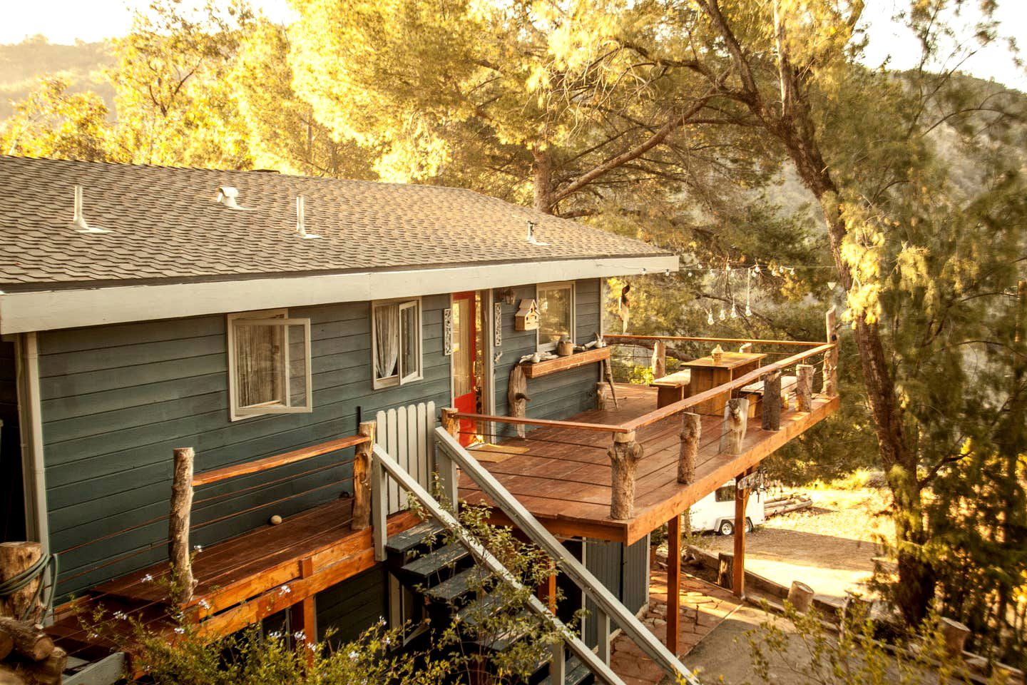 This Topanga cabin is perfect for unforgettable romantic getaways near LA