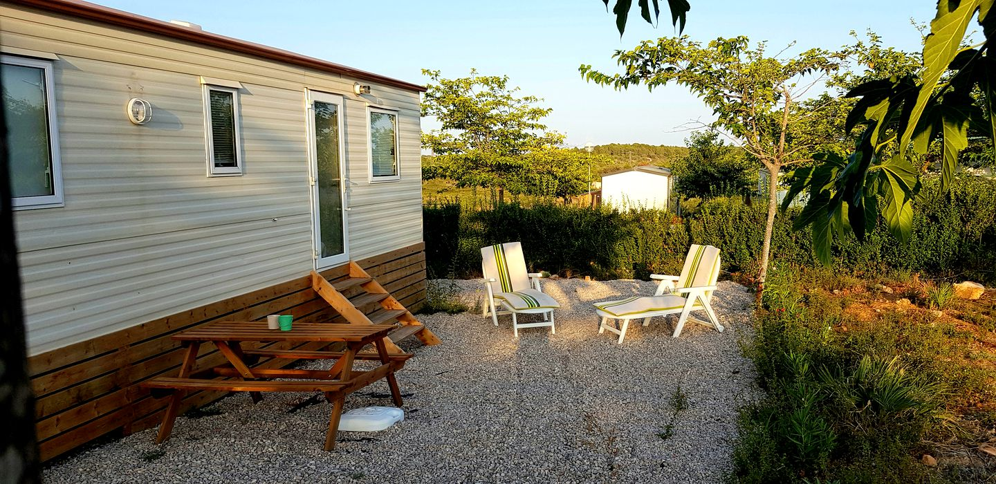 This peaceful Sant Jordi accommodation is ideal for getaways in Spain