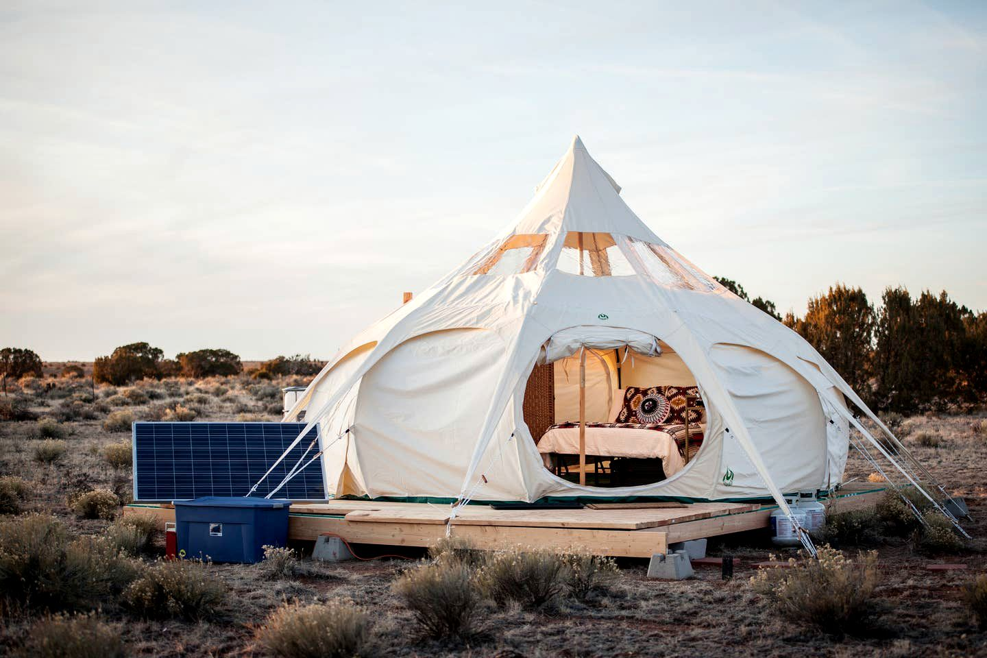 Williams accommodation for glamping near the Grand Canyon.