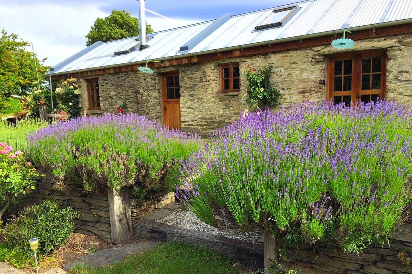 Cottage rental for romantic getaways | South Island, NZ