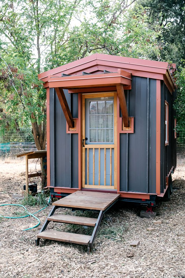 Tiny Houses (Vacaville, California, United States of America)