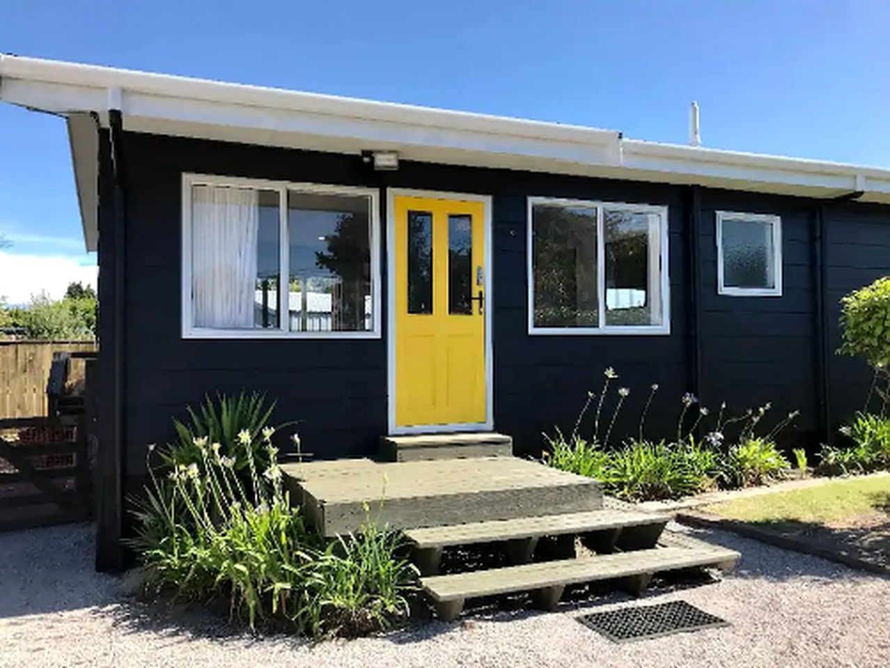 Cottage rental for glamping in New Zealand