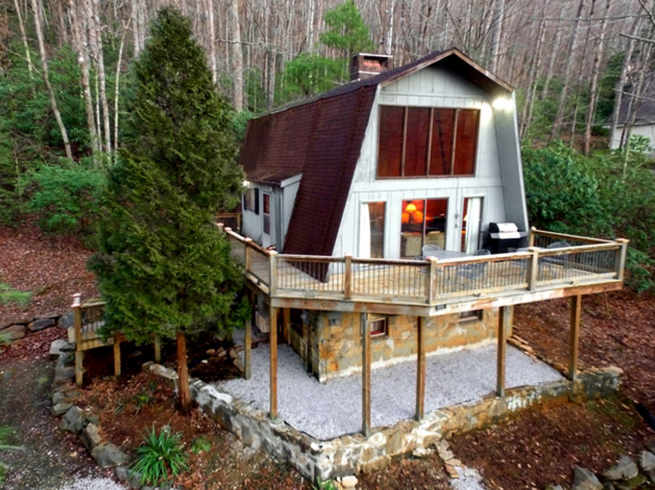 Blue Ridge cabin rental for a family getaway in North Carolina