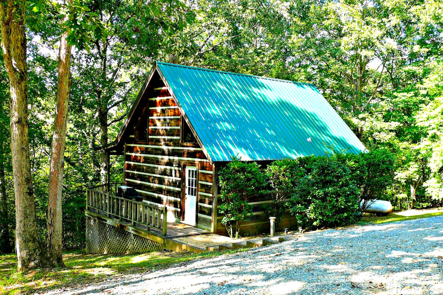 Cabins (Copperhill, Tennessee, United States)