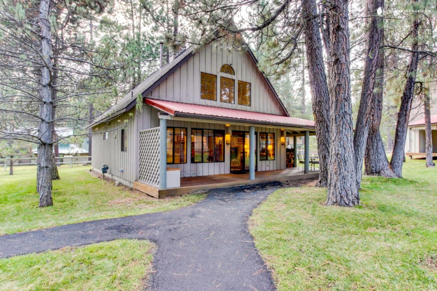Glamping hub for Cabin in the woods oregon