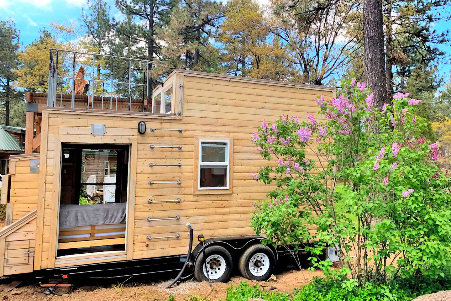 This Mt Laguna tiny house is perfect for weekend getaways near San Diego