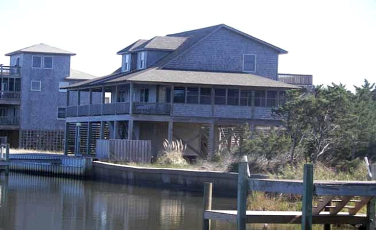 Super Splendid Cottage Rental With A Fishing Dock Near Cape Hatteras Lighthouse In North Carolina Interior Design Ideas Tzicisoteloinfo