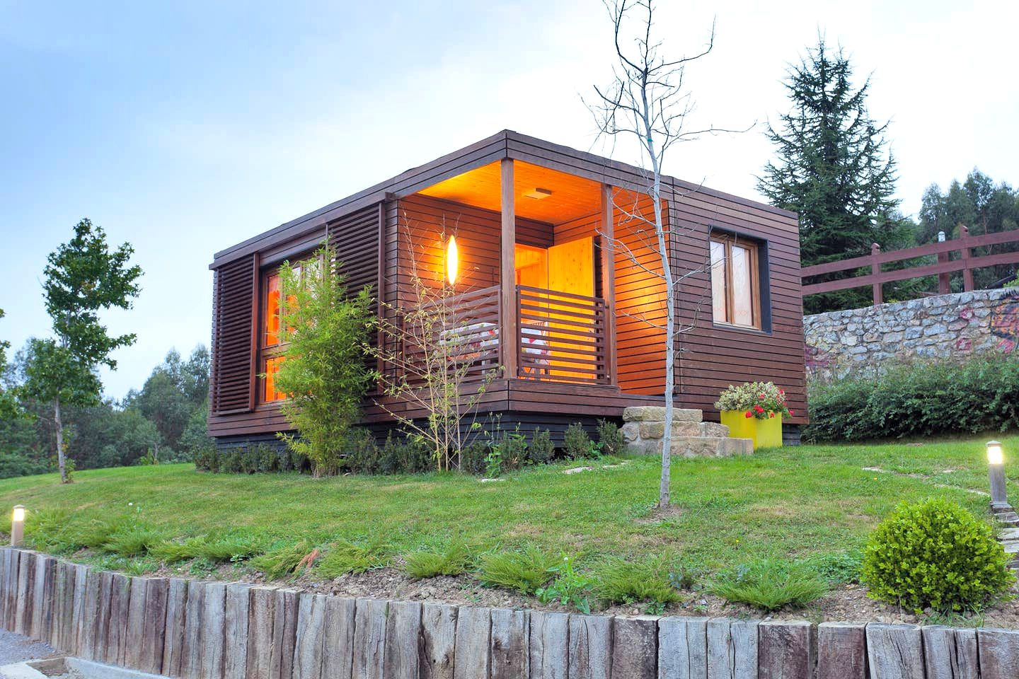 The modern cabin rental to take the family on great holidays in northern Spain