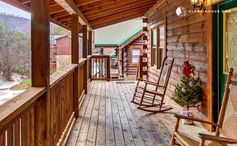Luxury cabin smoky mountains tennessee for Gatlinburg tn luxury cabins