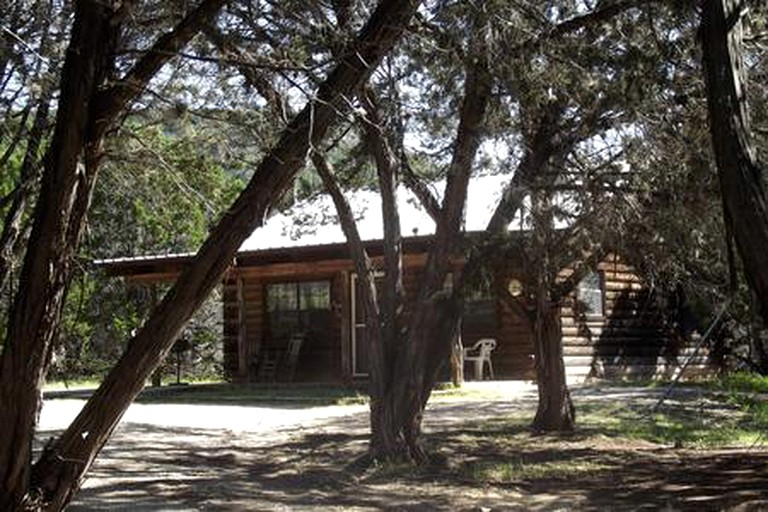 Secluded Frio River Cabin Rental For Seven In Bandera Texas