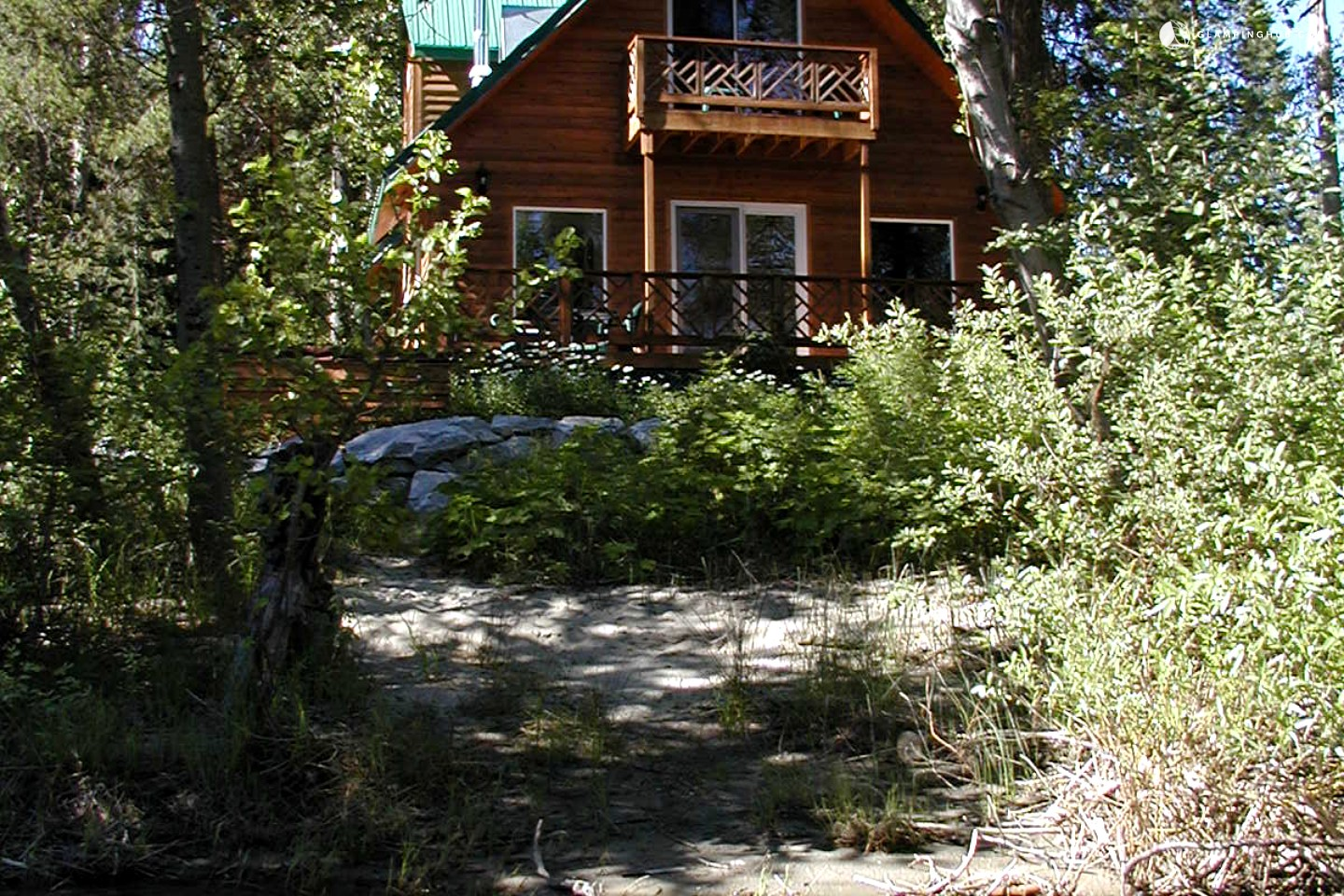 Cabin with hot tub near leavenworth washington for Leavenworth cabin rentals