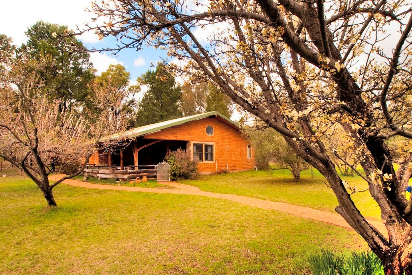 This Coonabarabran cottage is perfect for a fantastic farm stay, NSW