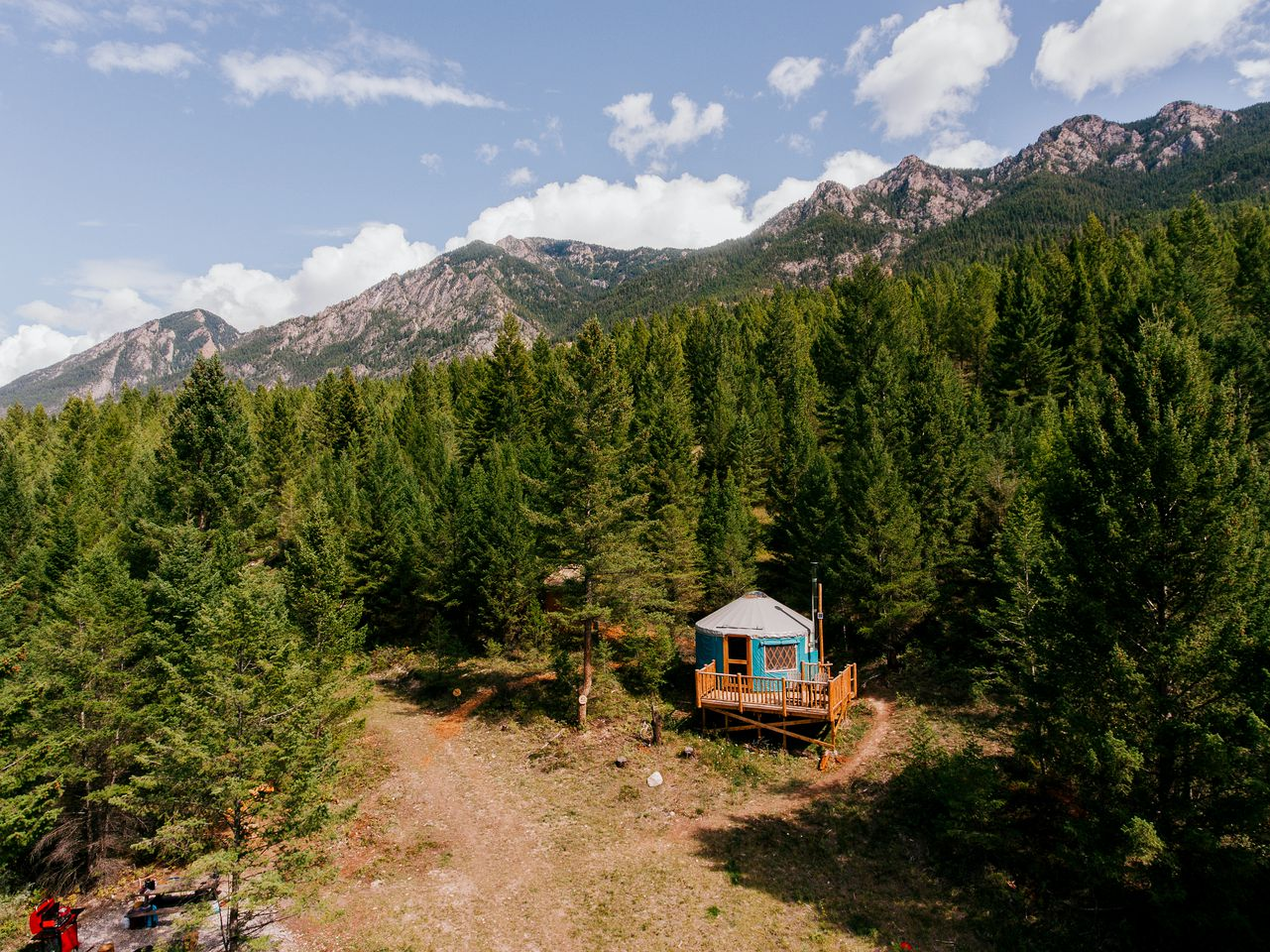 Yurts (Radium Hot Springs, Canada)