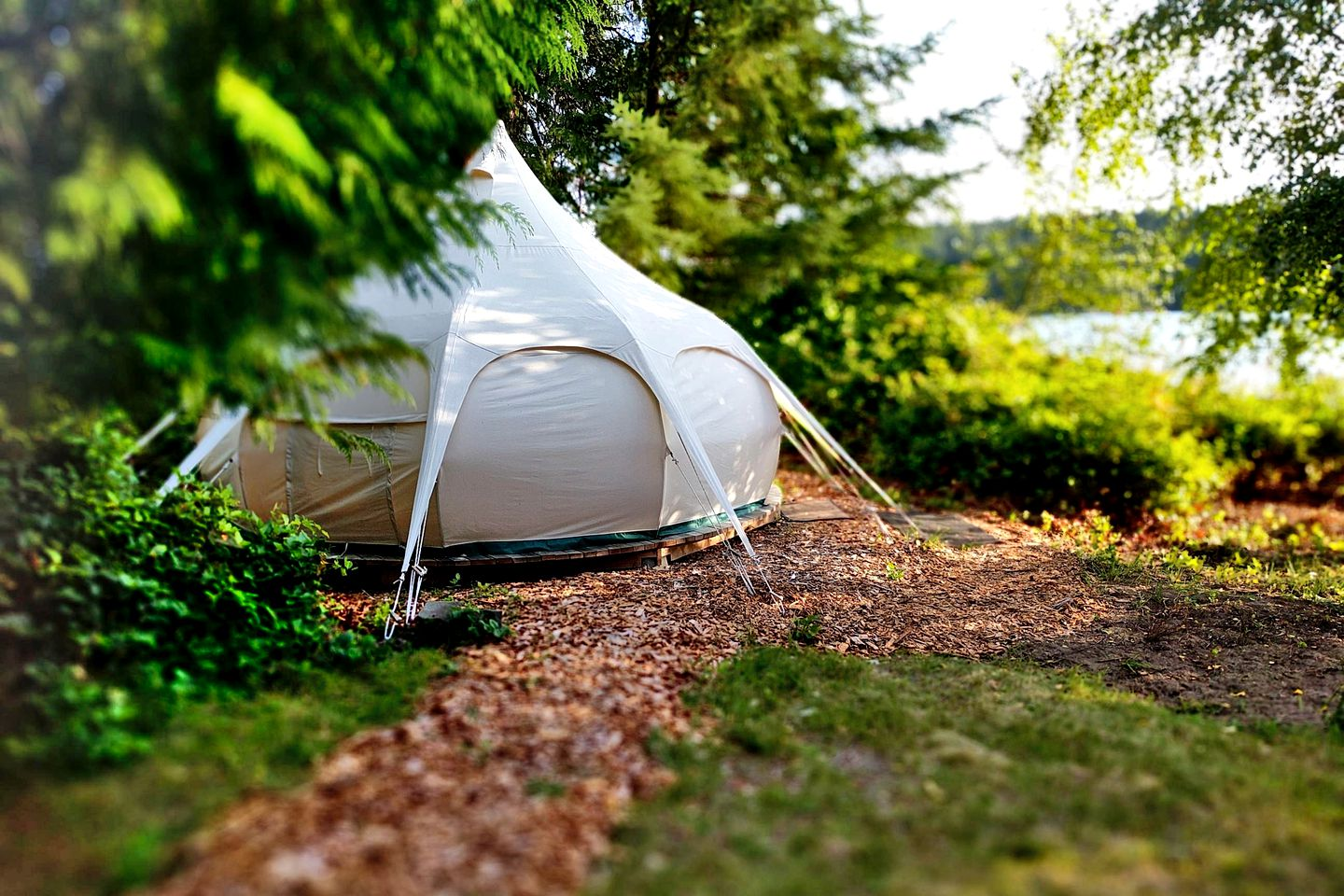 Bell Tents (Mansons Landing, British Columbia, Canada)