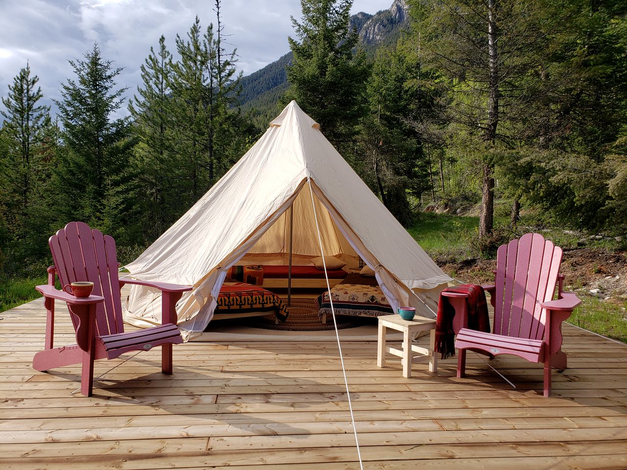 This cozy bell tent rental is ideal for three guests to go glamping in British Columbia