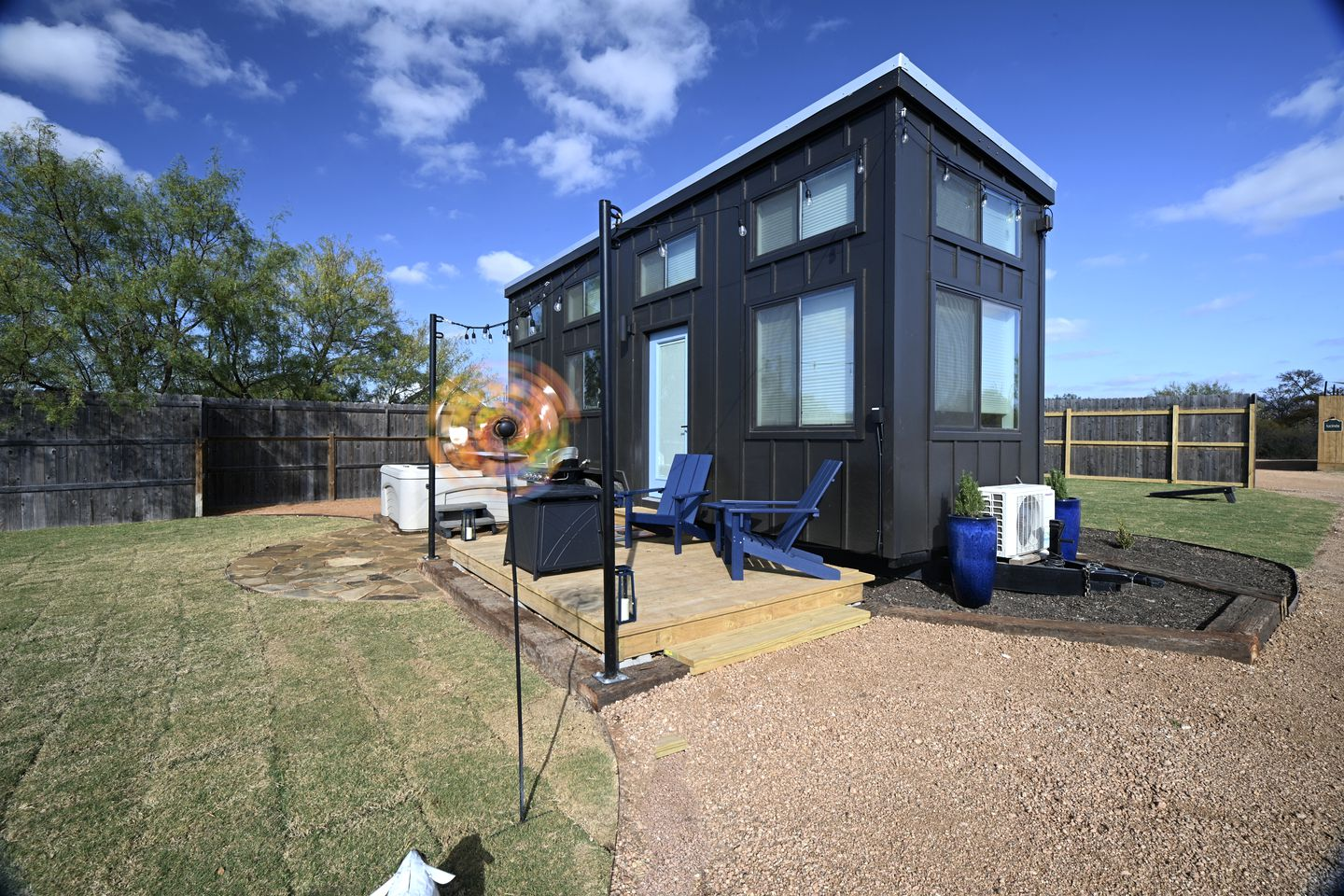 Go glamping in Texas at this tiny house rental!