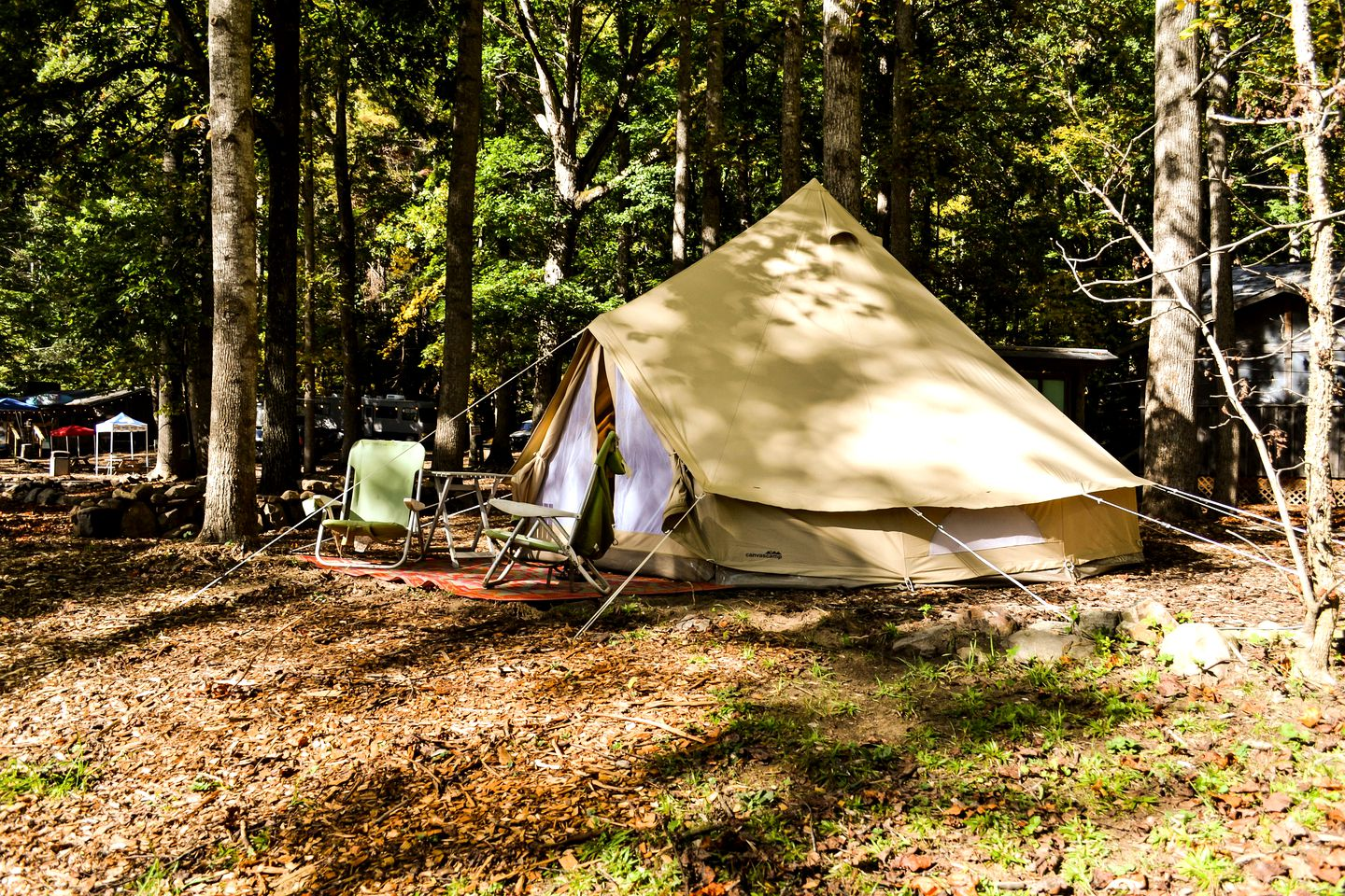 Bell tent rental for glamping in Tennessee