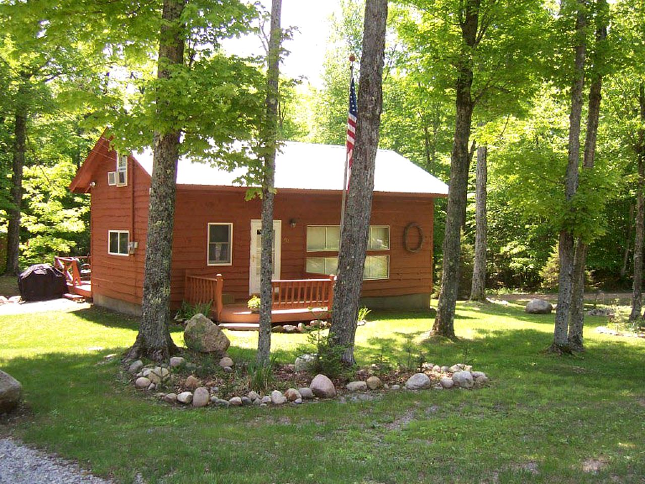 Cabins (Old Forge, New York, United States)
