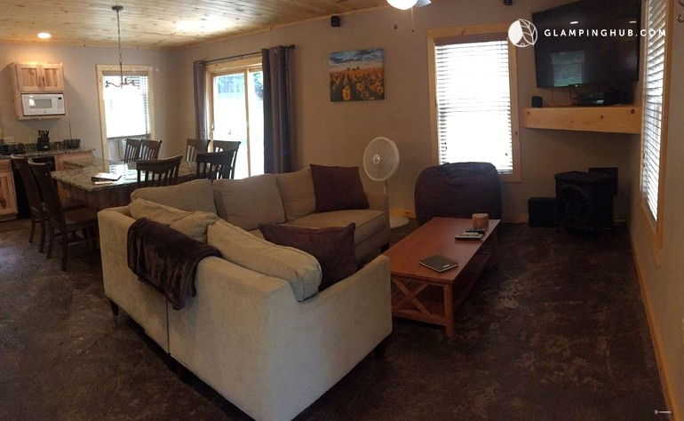 Luxury cabin with sauna near wilmington new york for Wilmington ny cabin rentals