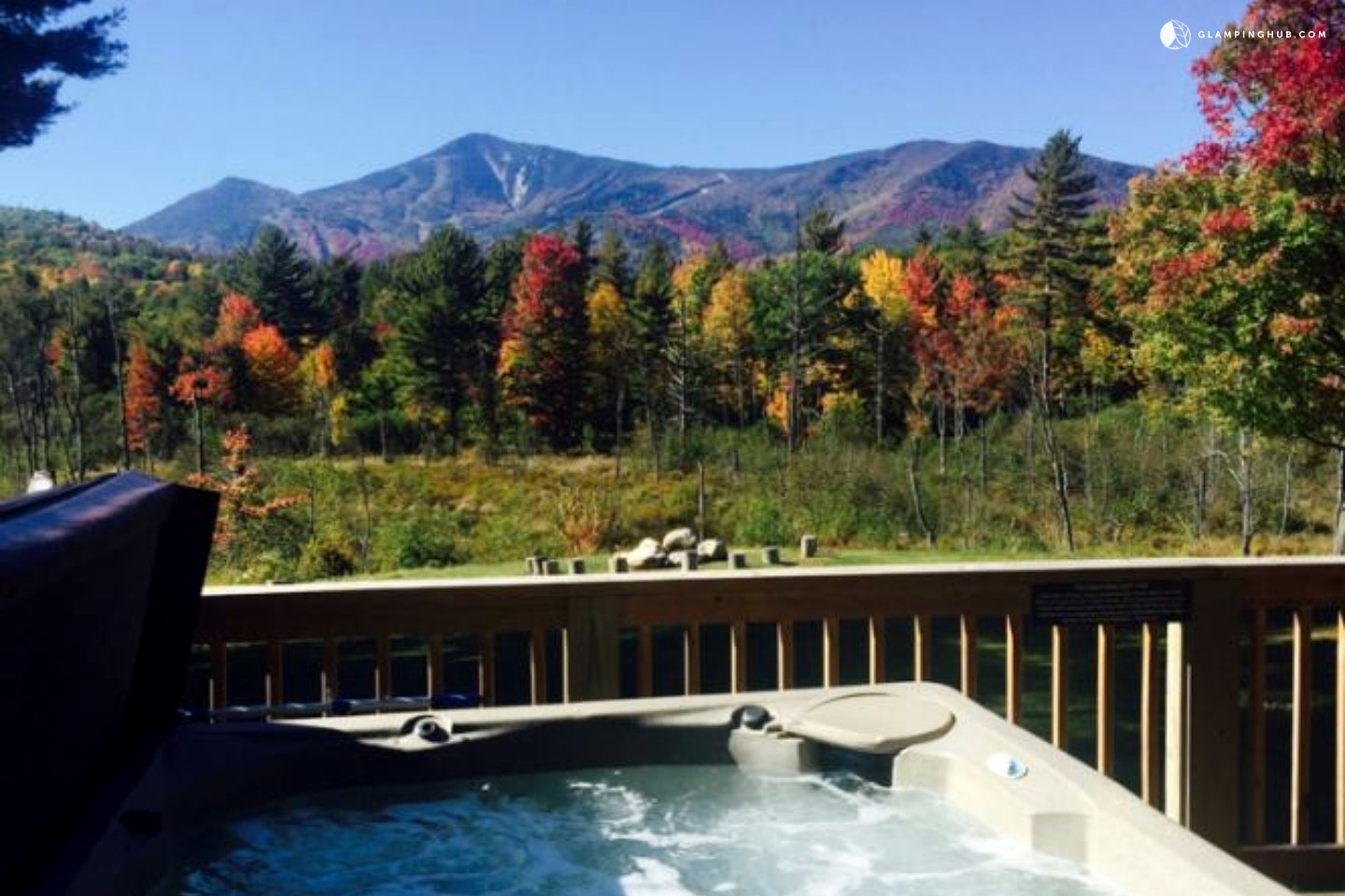 7 romantic fall getaway spots in the northeastern u s for Romantic weekend getaways in ny