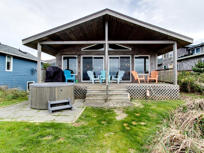 Fabulous Secluded Oceanfront Rental With A Hot Tub In Rockaway Beach Oregon Download Free Architecture Designs Jebrpmadebymaigaardcom