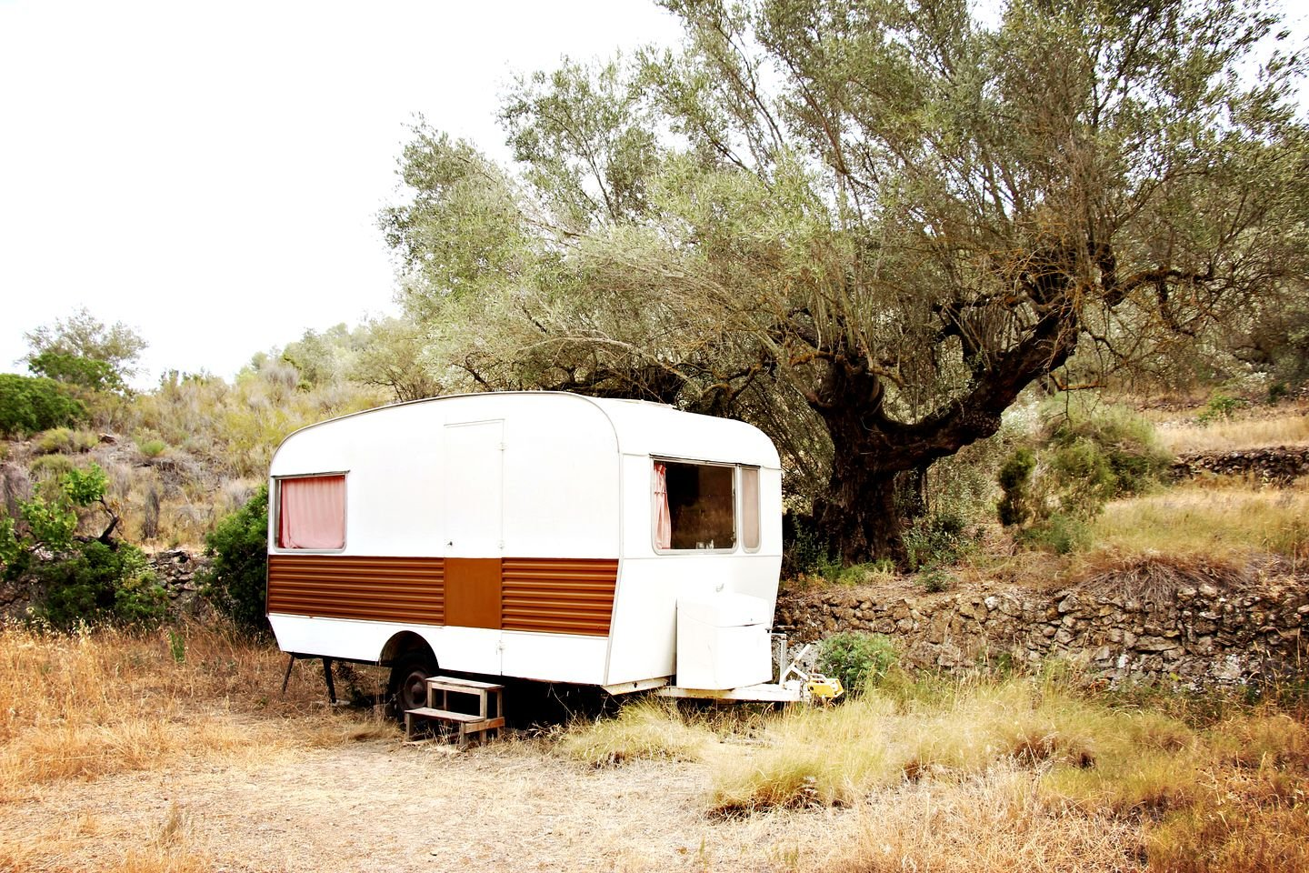 Vintage caravan for rent near Ebro valley, Spain (Tarragona, Catalonia)