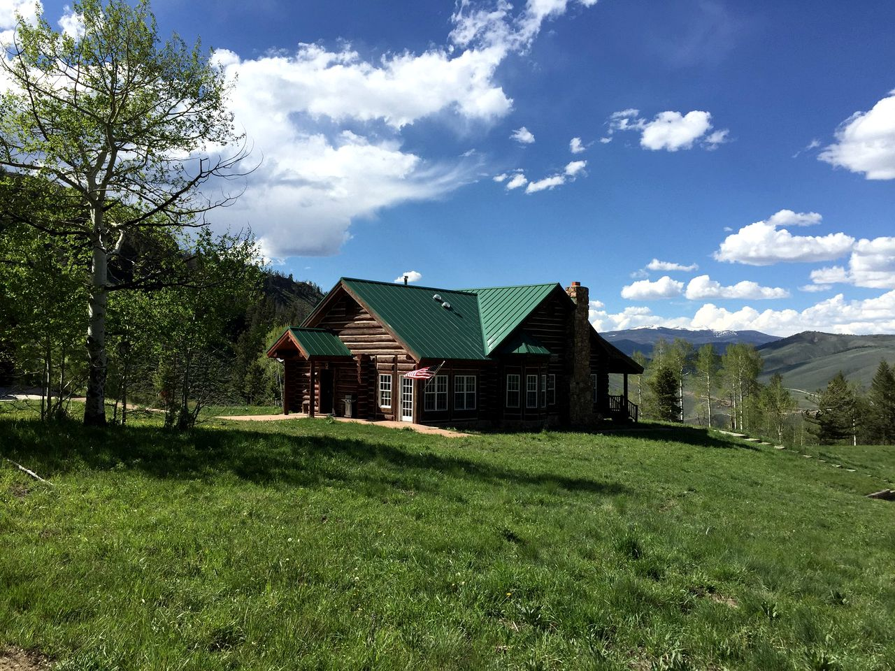 Log Cabins (Granby, Colorado, United States)