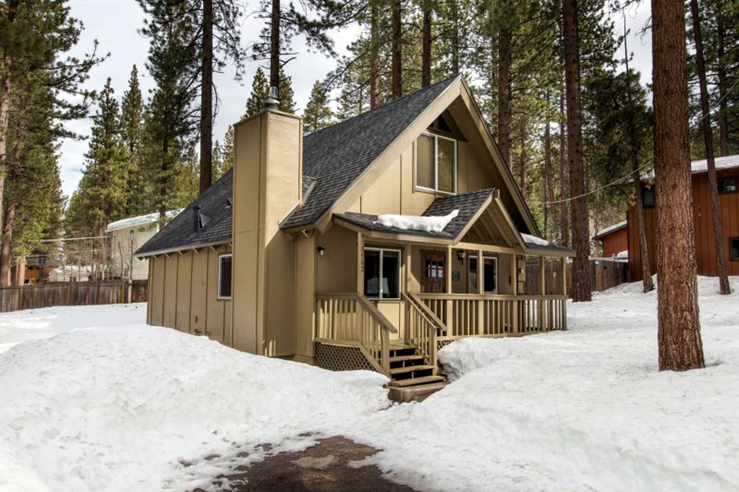 A-Frame Cabins (South Lake Tahoe, California, United States)