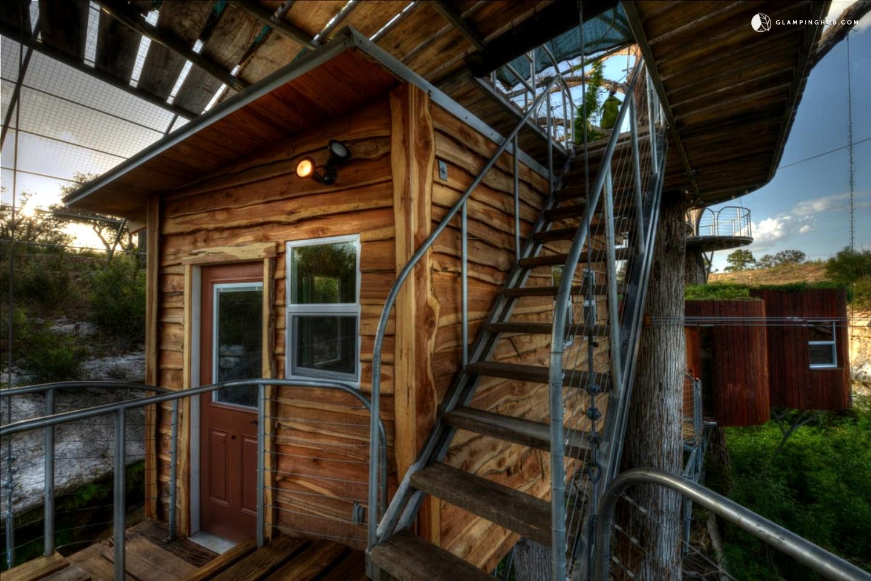 Tree House In Austin Texas