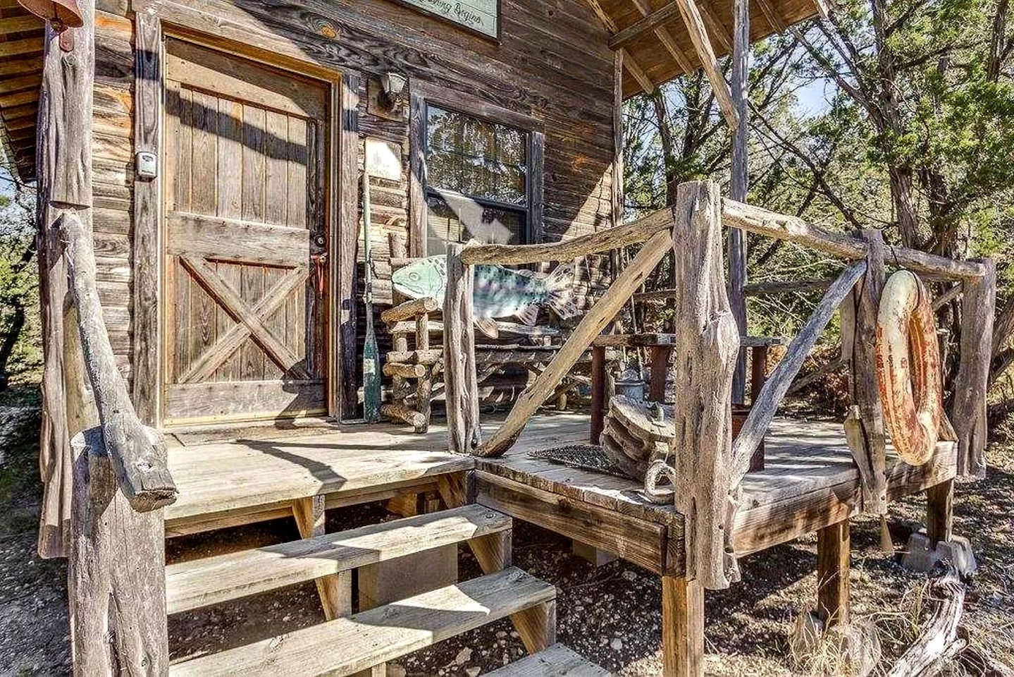 This secluded Texas Hill Country cabin is ideal for getaways near San Antonio.