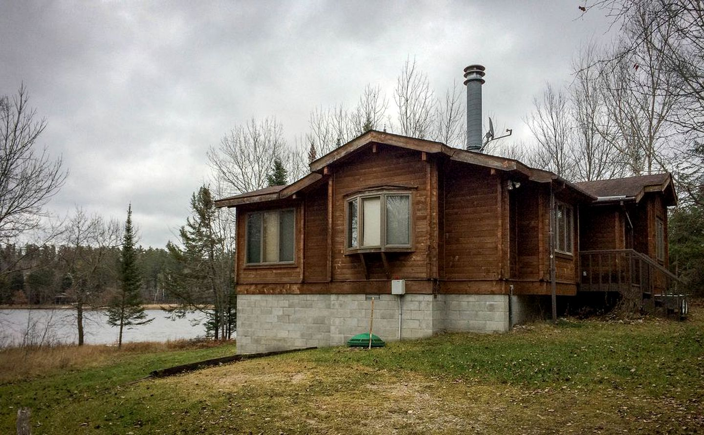 Cabins (Crane Lake, Minnesota, United States)
