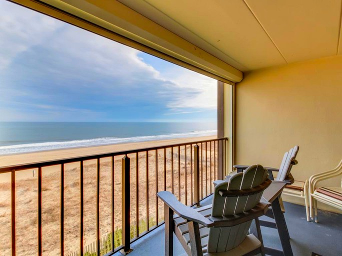 Fine Beachfront Vacation Rental Perfect For A Family Getaway In Ocean City Maryland Home Interior And Landscaping Ponolsignezvosmurscom
