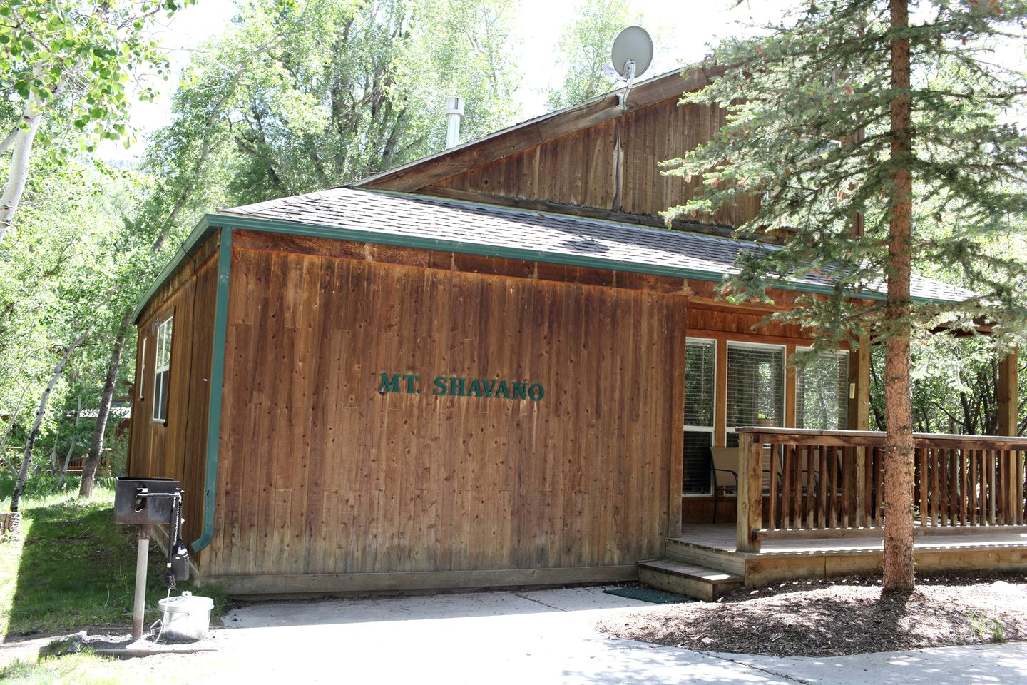 Cabins (Salida, Colorado, United States)