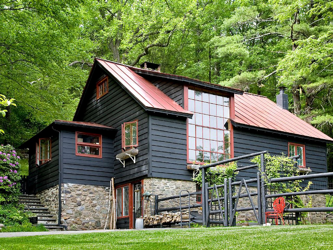 Cabins (Mount Tremper, New York, United States)