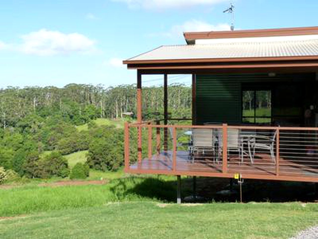 Cabins (Bellthorpe, Queensland, Australia)