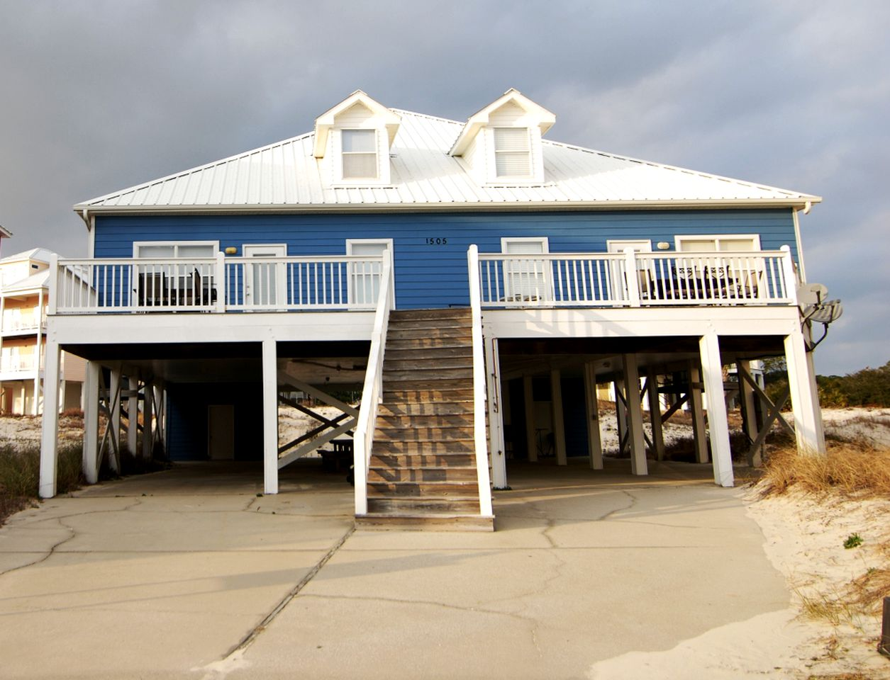 Beach Houses (Gulf Shores, Alabama, United States)