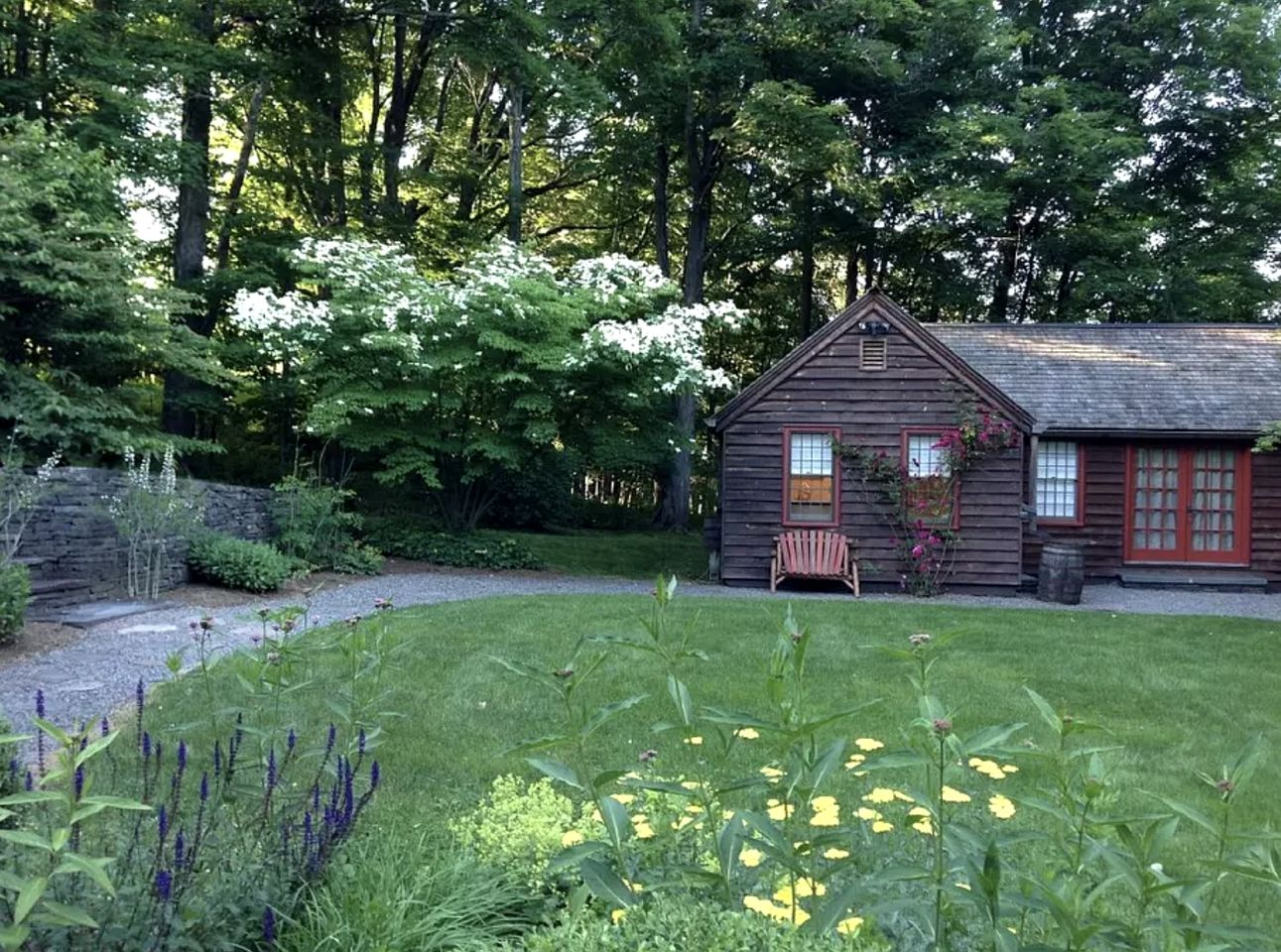 Cabins (Saugerties, New York, United States)