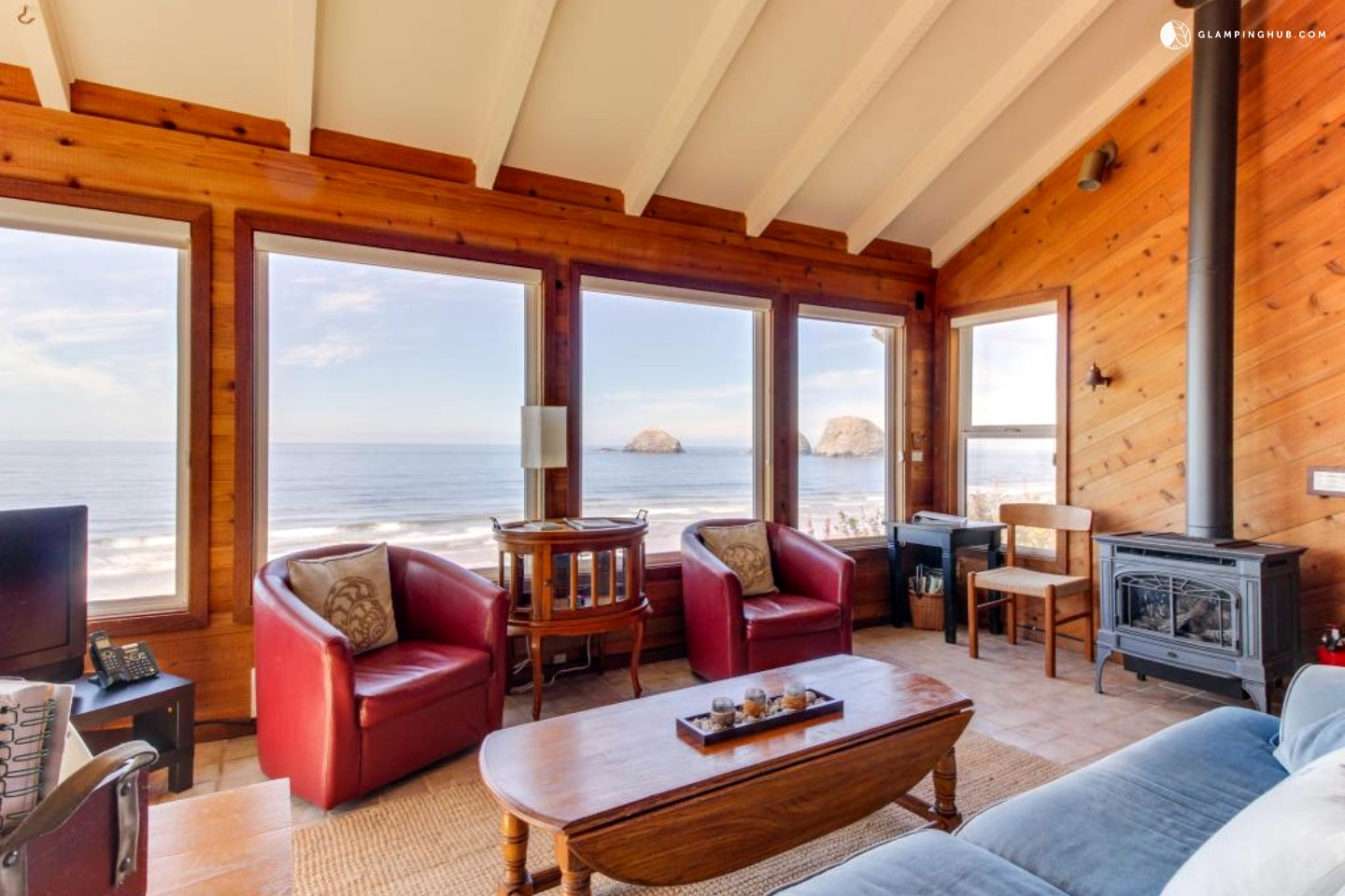 beachfront cabin in oceanside oregon