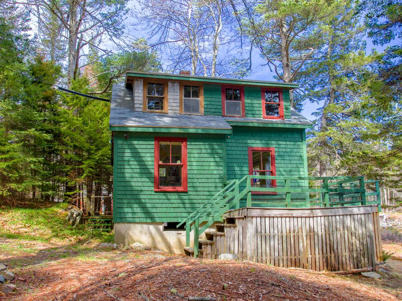 Cabins (Boothbay Harbor, Maine, United States)