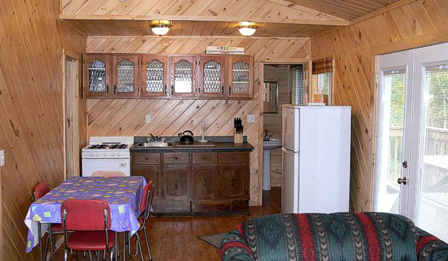 Lakeside Cottage Rental near North Bay, Ontario