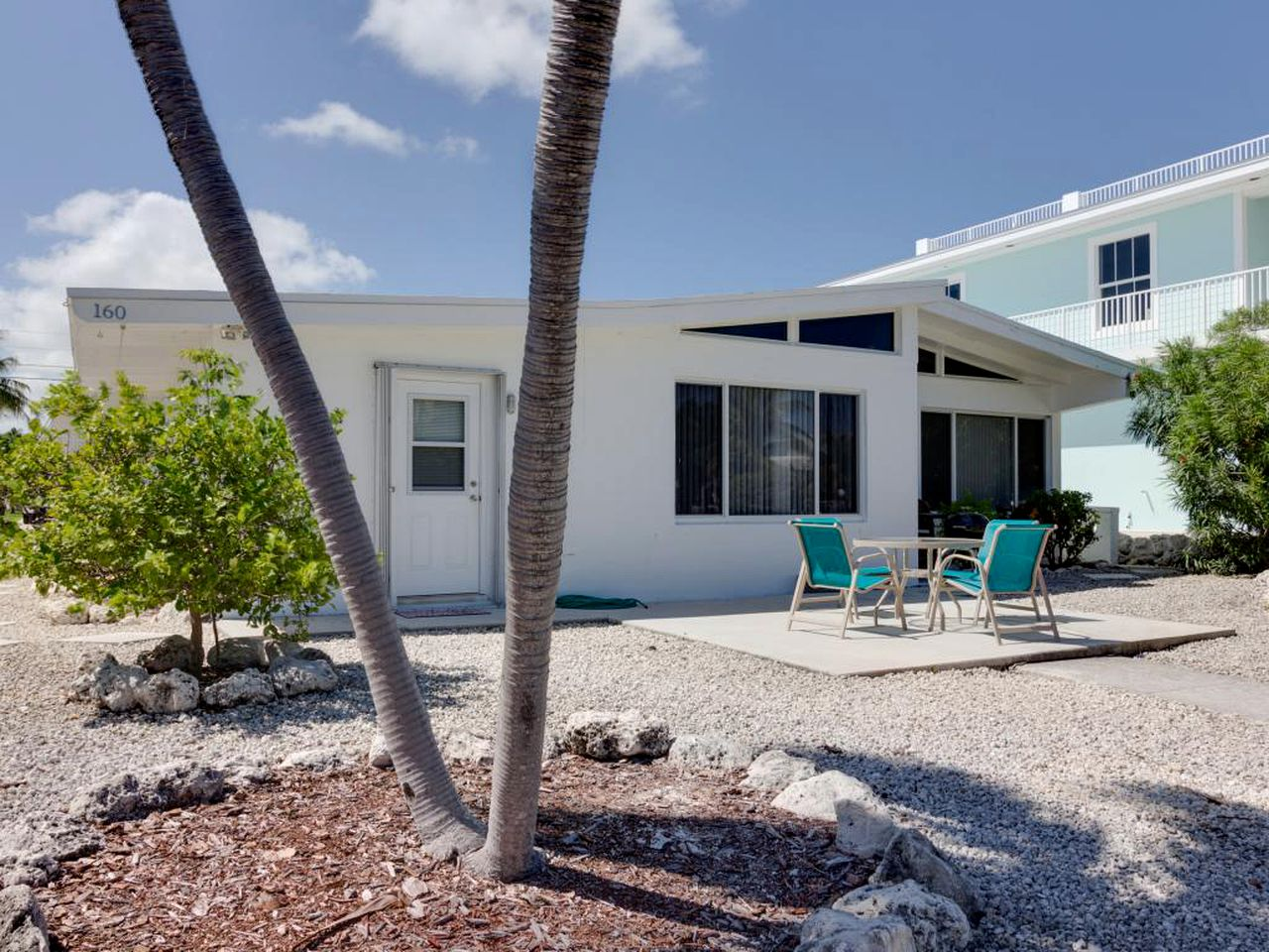 Cottages (Key Colony Beach, Florida, United States)