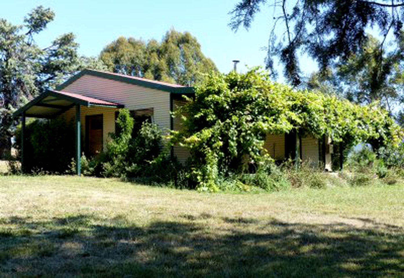 Cottages (Canberra, New South Wales, Australia)