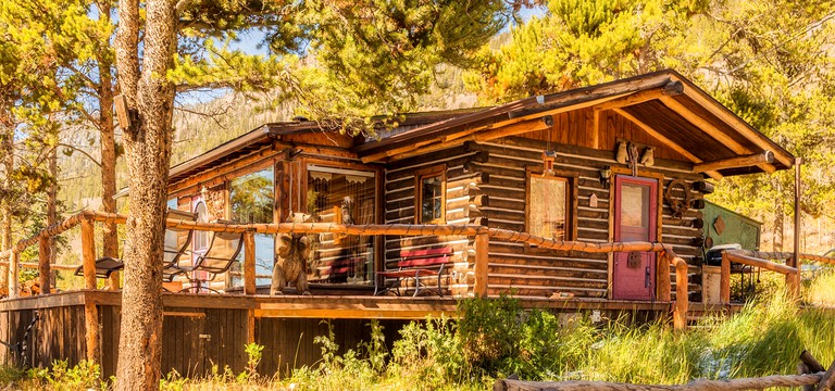 Family Friendly Cabin Rental With Wood Burning Fireplace In The Rocky Mountains Colorado