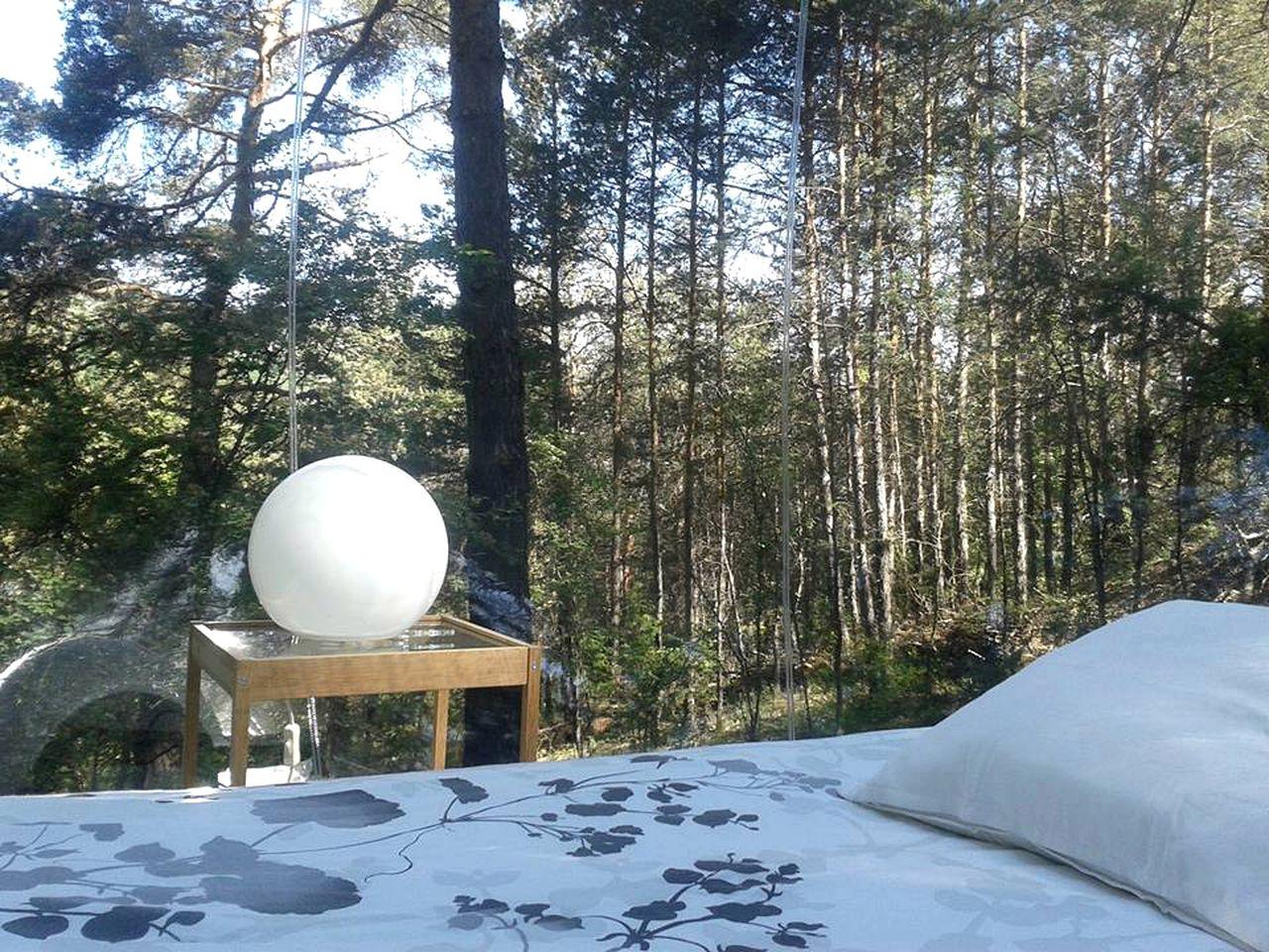 Bubbles & Domes (Beynes, Provence-Alpes-Côte d'Azur, France)