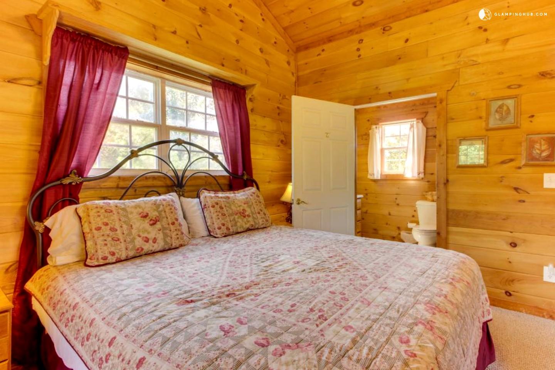 Cabin In Blue Ridge Mountains Of Georgia